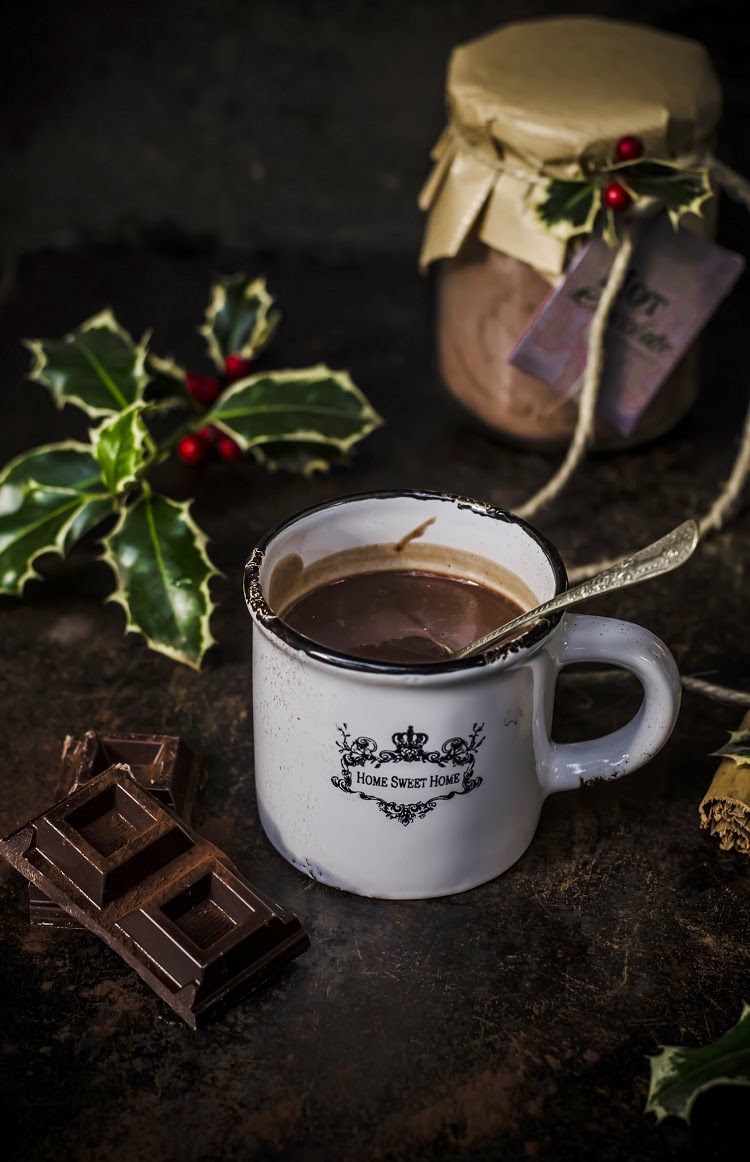 Come fare la cioccolata calda: ricetta e consigli
