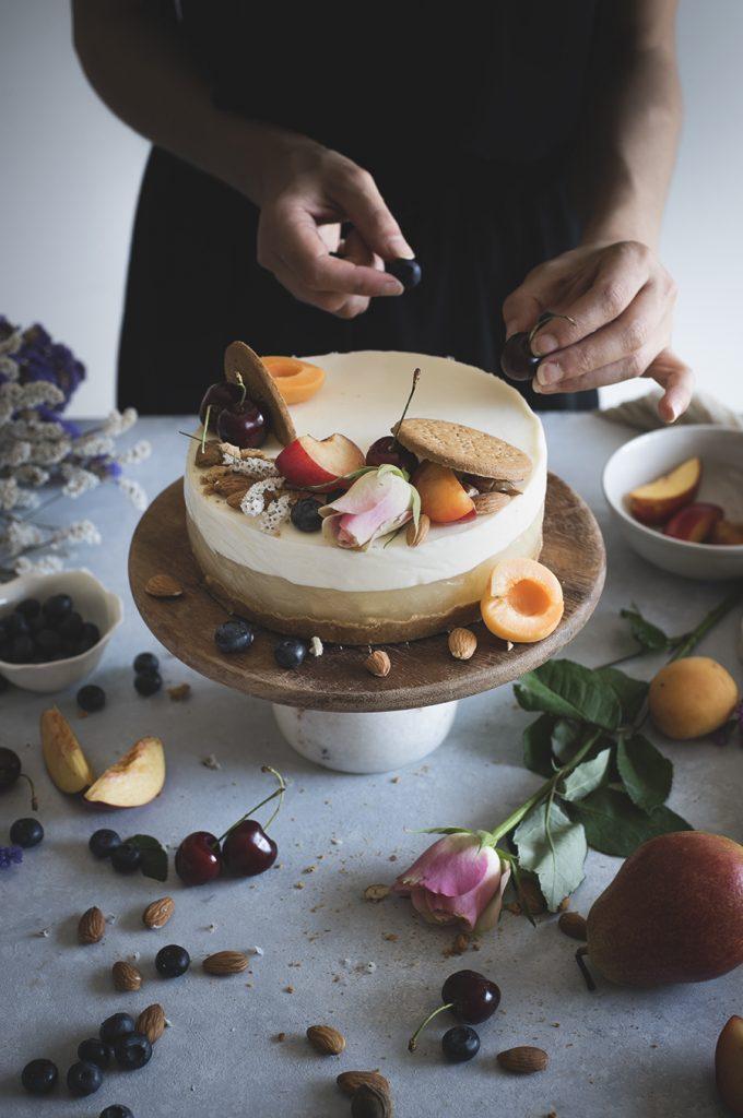 Torta di panna cotta alle mandorle e gelée di pere / Almond panna cotta cake with pear jelly