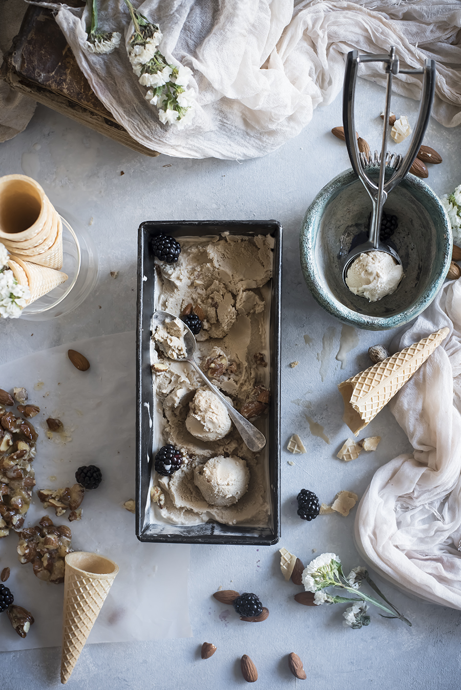 almond-muscovado-icecream-c