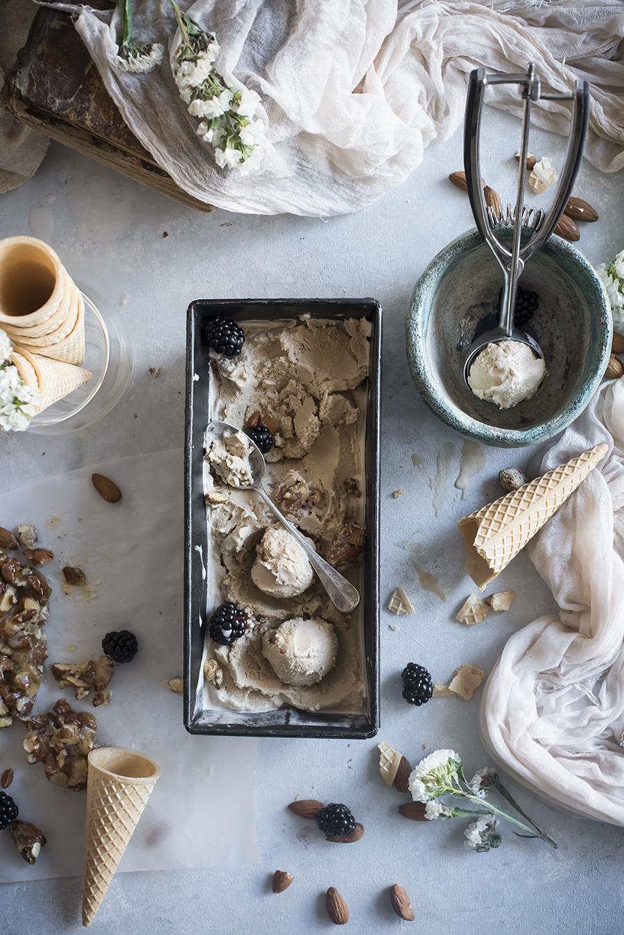 almond-muscovado-icecream-c