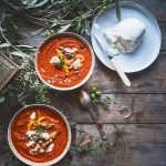 Zuppa di pomodori e peperoni arrosto, con capperi, olive e burrata-Tomato and roasted pepper soup with capers, olives and burrata