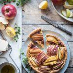 Quiche al parmigiano con mele e speck-Parmigiano quiche with apples and speck
