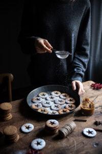 biscotti alle nocciole cannella e caramello salato